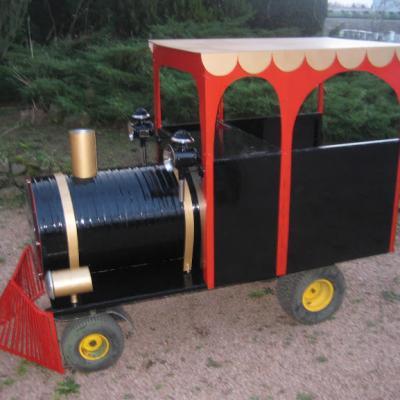 Locomotive pour cuire les marons
